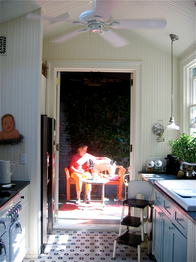51-kitchen-to-side-porch1