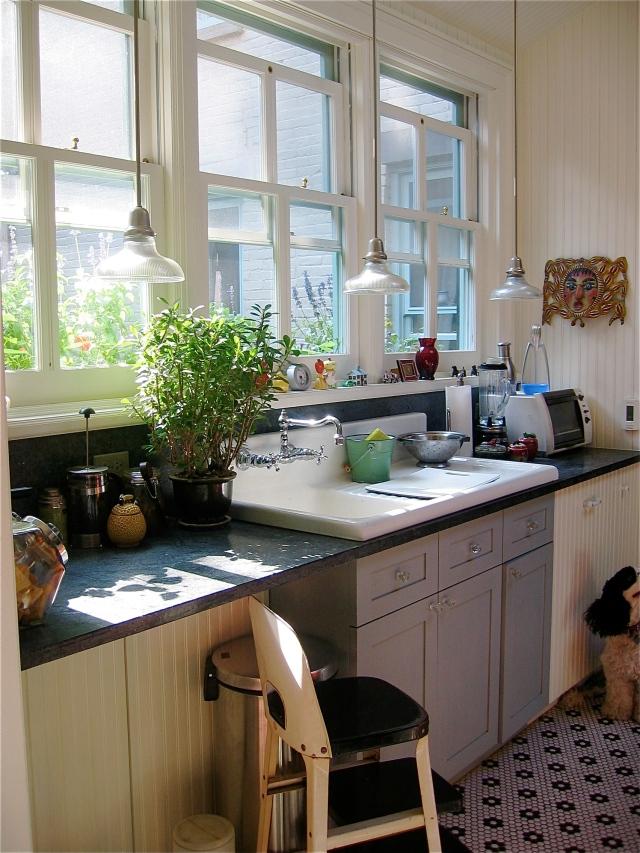 54-kitchen1