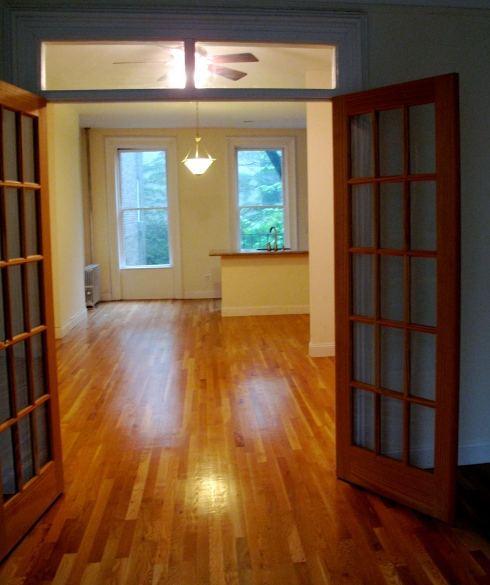 Nice apartment but not a parlor floor