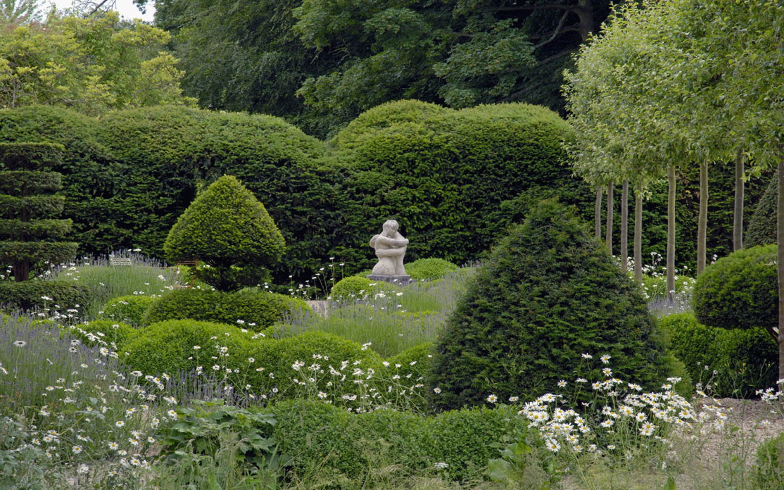 Garden inspiration arne maynard casacara old houses for Garden design oxfordshire