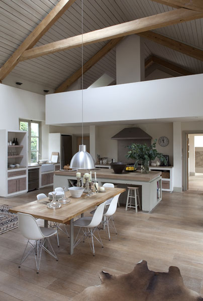 modern-open-plan-country-kitchen